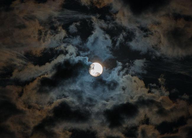 eclipse01.jpg